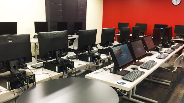 Marillac social center offering classes in new computer lab for Maillesac housse
